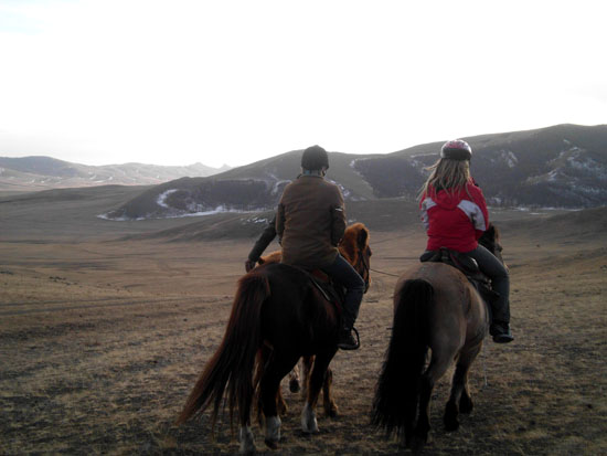 horseriding in mongolia1